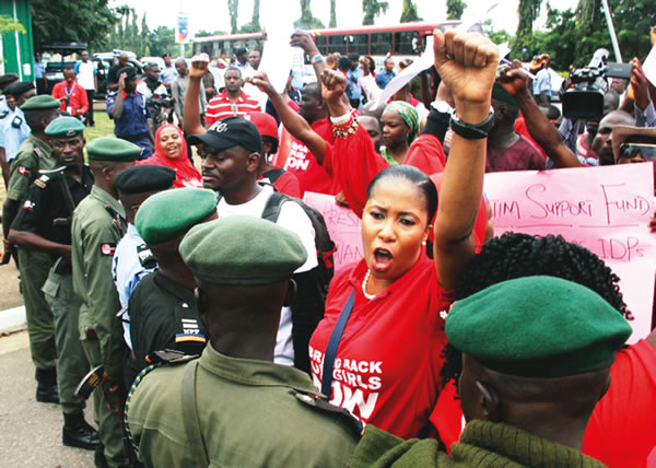 bringbackourgirls-protest-in-abuja